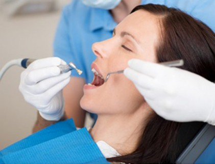 profilaxia dental clareamento dental
